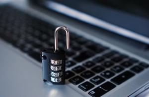 manual lock and laptop
